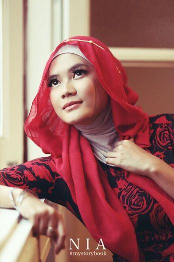 look outside Hijab Hijabstyle  Hijabers Portrait Fashion Canon6d