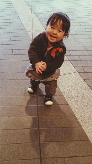 大好きこども 女の子 よちよち 笑顔 Smile Babygirl Japanese  Walking 赤ちゃん Infant Baby ❤