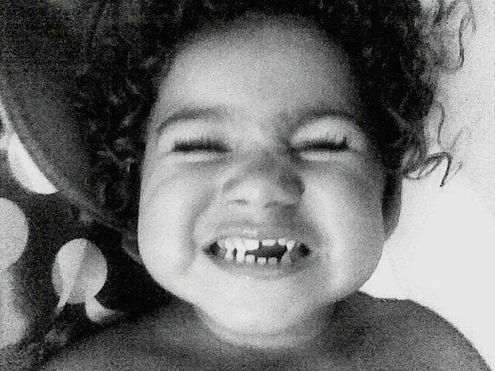 Olha como os meus dentinhos eram tortoMy Children My Love❤ My Live ❤