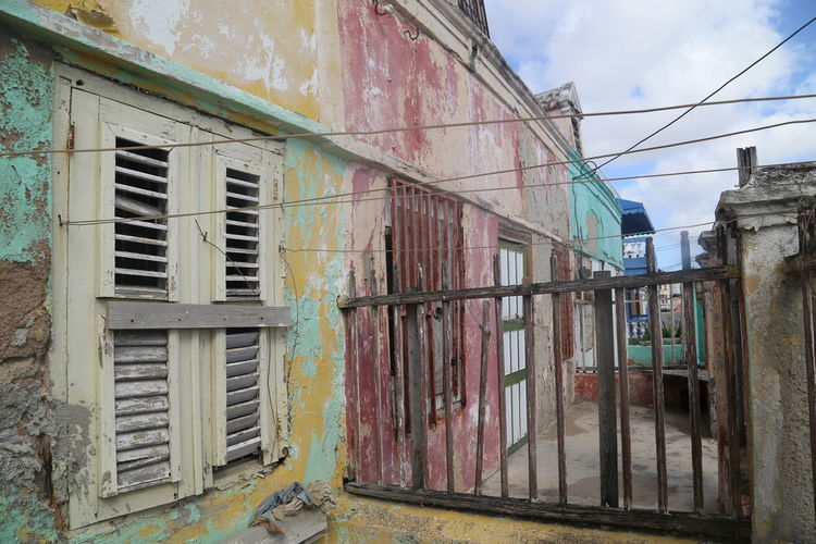 Built Structure Caribbean City Day Fading Colors Fence Off Main Street Outdoors Pietermaii Wooden Fence
