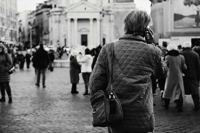 Rear View Senior Adult Senior Women One Woman Only One Senior Woman Only Real People City One Person Women Adult Adults Only People Outdoors Day Only Women Aged Lumixlx100 Lx100 Streetphotography_bw Streetphoto Streetphoto_bw Street Photography Film Noir Style