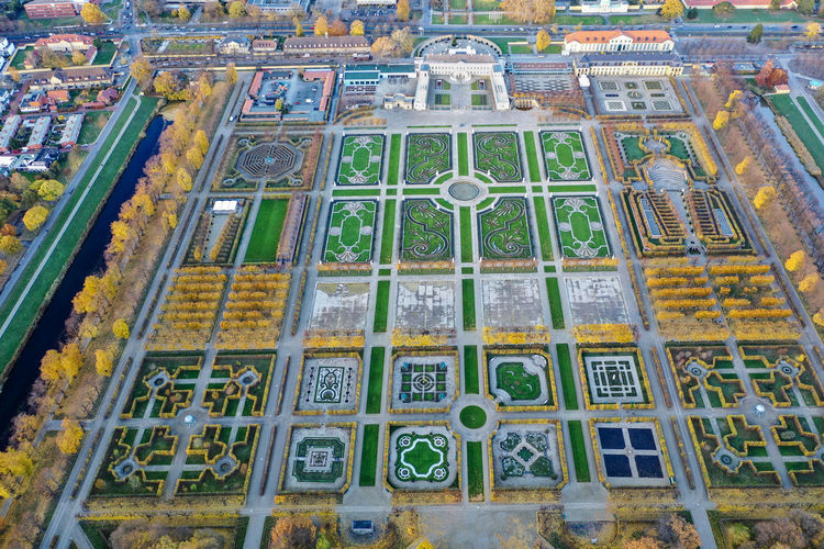 Großer Garten, Hannover from above Dronephotography Aerial View Architecture Autumn colors Building Clouds And Sky Lake Day Nature Building Exterior Baroque Garden Geometric Shapes Garden Garden Structures High Angle View Trees Plants And Flowers Flower Patterns Historic Garden Multi Colored