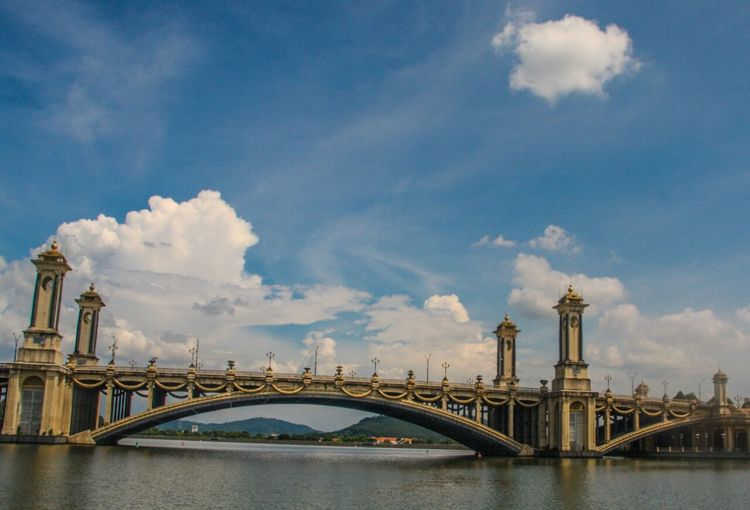 bridge view Travel Travel Destinations River Outdoors Architecture Sky No People Day Connection Urban Skyline Cityscape City Bridge - Man Made Structure