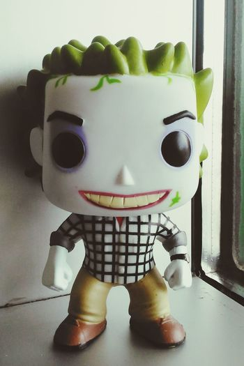 Front View Indoors  Beetlejuice Rare View Beetlejuice <3 Figurine  Popfunko In Front Of Windowsill Funko Amazing Funkopopvinyl Still Life Vibrant Color GreatMovie Statue Toy Figurine  Anthropomorphic Face Portrait Homemade Anthropomorphic Day PopFigures Sculpture