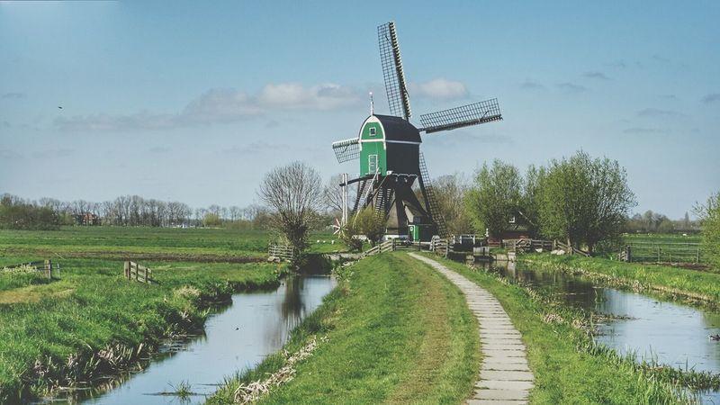 Beautiful Dutch Windmill Dutch Landscape Landscape_photography EyeEm Nature Lover The Great Outdoors With Adobe The Great Outdoors - 2016 EyeEm Awards