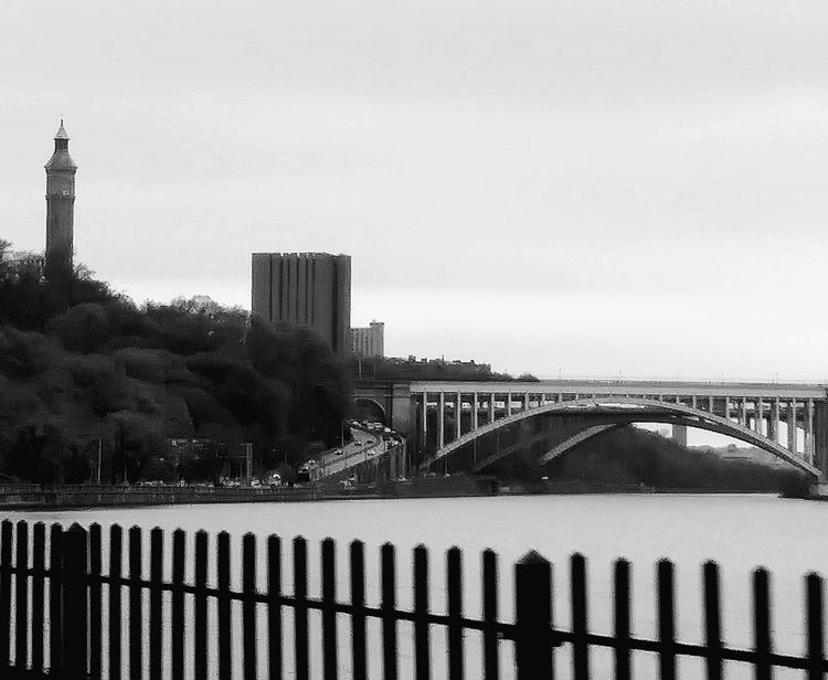 Urban Skyline Bridge - Man Made Structure City Built Structure Cityscape No People Travel Destinations Outdoors Taking Photos Taking Pictures NYC Photography Adventure Enjoying Life Popular NYC Skyline Popular Photo EyeEm Best Shots Urbanphotography Architecture Relaxing Different Blackandwhite Black And White Backgrounds Eye4photography