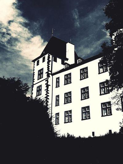 Casino Schloss Berg Saarland Nennig Casino Schloss Berg Victors Residenz Mosel Saarländer Tree Sky Cloud - Sky