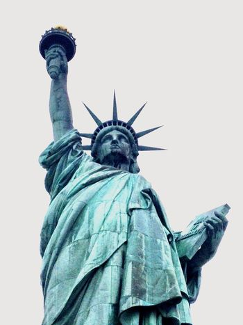 Liberty 🗽 New York, New York Statue Of Liberty Statue Female Likeness Travel Destinations Crown Low Angle View Human Representation Freedom Monument Sculpture Patriotism Symbol No People Democracy Outdoors Clear Sky