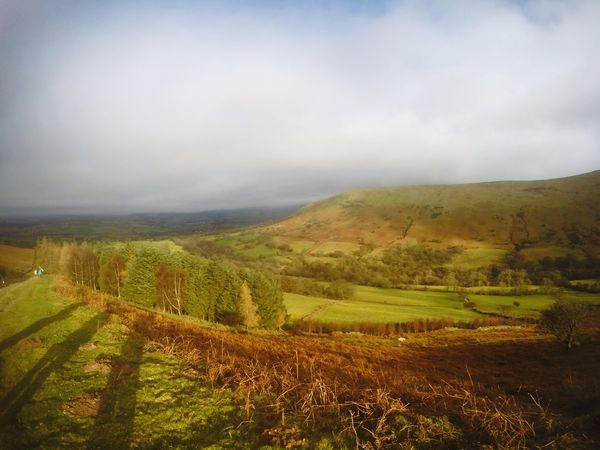 Agriculture Landscape Scenics Beauty In Nature Field Rural Scene Cloud - Sky Tranquil Scene Nature Farm Autumn Outdoors Idyllic Trekking Pen Y Fan Mountain Panoramic Photography Hiking Pen Y Fan Nature Reserve Trekkingview Sunday Walk Mountain Sky Beauty In Nature Silhouettes