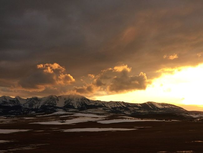 Selected For Premium Mountain Mountains Mountain Range Montanacolors Montana Sky Montana Winter Rock Formation Montana Memories Montanamoment EyeEmNewHere Sunset Sky And Clouds Power In Nature Sunset Mountain Silhouette