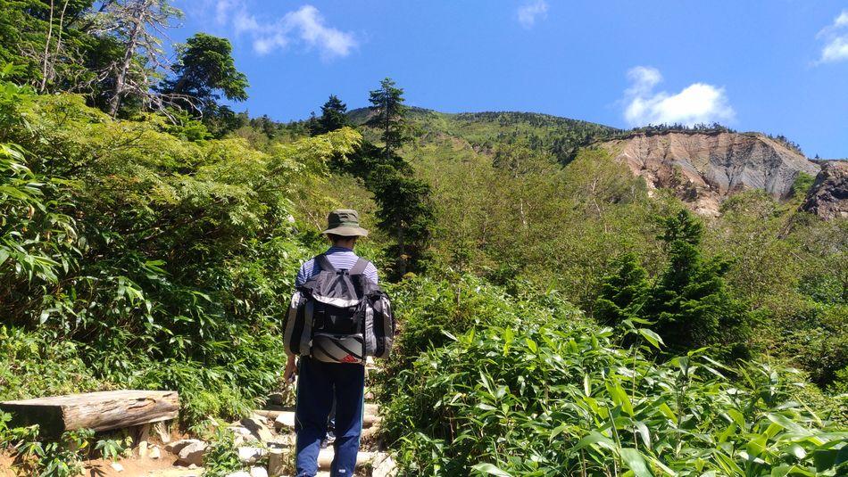 Hiker Hakusan Hakusan-shi Hakusan Kanazawa Mountain Volcano Dormant Volcano Tree Men Standing Sky Backpack Hiking Hiker Mountain Climbing Climbing Equipment EyeEmNewHere