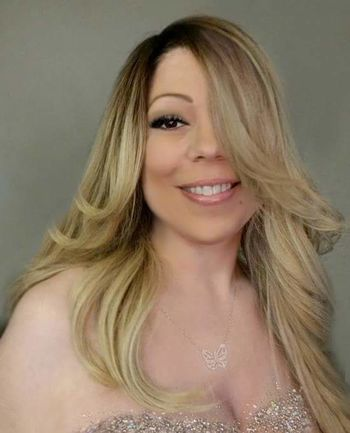Mariah Lookalike MariahCarey LookAlikes Taking Photos Check This Out That's Me Mariah Lookalike Talent Impersonator Image Mclookalike Mariah Lookalike Mariah Lookalike Talent Impersonator Mariahcarey Lookalikes Mariahcarey