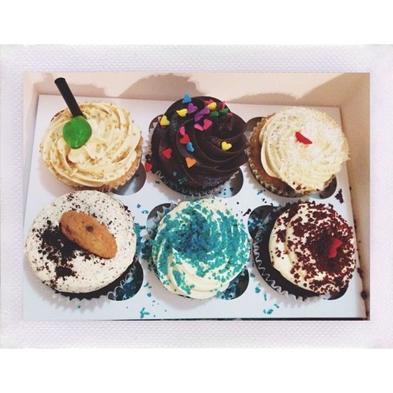 Can't resist beautifully decorated and yummy cupcakes? Cupcakelover
