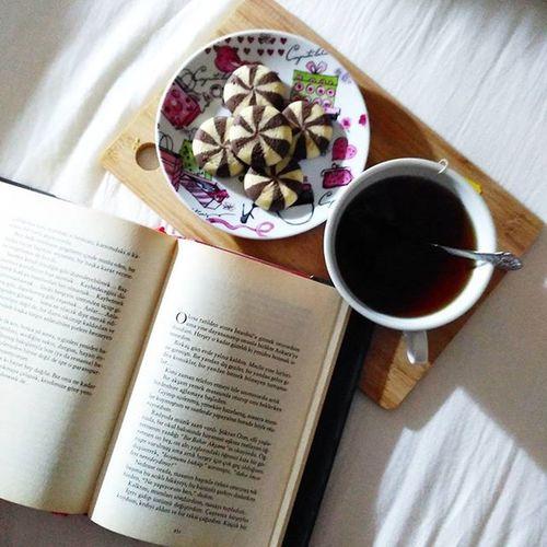 Goodmorning Morning Tea çay Yummy Kitap Book Instadaily Instamood VSCO Vscoturkey Vscodaily Photogrid Izmir World Günaydın Followme Follow Likes Like4like Instahub Nice Instagood