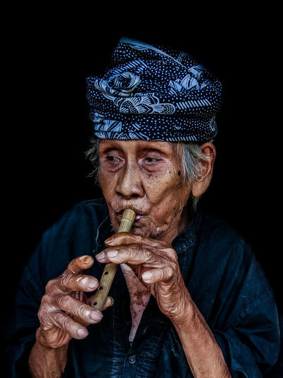 This is the Baduy Culture, Indonesia. Banten Culture Of Indonesia Grandfather Baduy Black Background Close-up Culture Front View Headshot Human Face Indonesia_photography Looking At Camera One Person People Portrait Real People Xiaomi First Eyeem Photo Photography