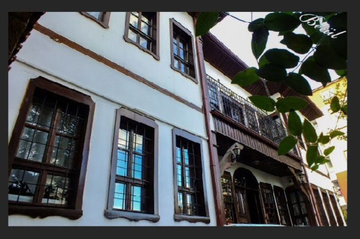 Historical Building Historical Historical City Historicalplace Beautiful City Nature Rainy Days☔