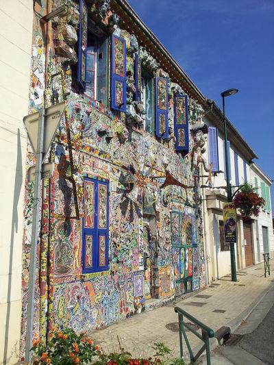 Art House Artist House Bizarre Building Creative House House Interesting Restauration Strange