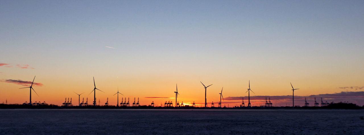 Background Wallpaper Windturbines Colourfulsky Container Crane Sunset Windräder Port Sky Dusk Skyline