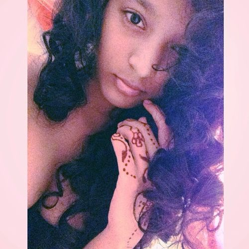 Morning ?.. Had an amazing hair day. Curlyhair Curls Henna Morningpicture idk
