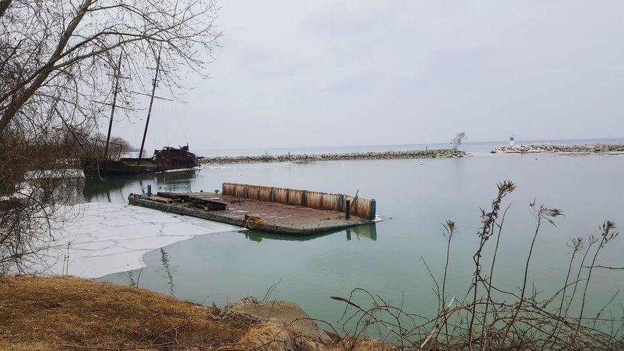 Ship Wrecks.. Ships Ship Wrecks Lake View Ontario Niagara Winter Wintertime Grey Sky