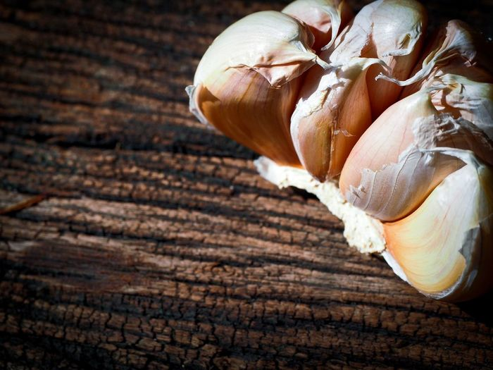 garlic Garlic Clove Garlic Bulb Wooden Herb Ingredient Asian  ASIA Thailand Food Strong Smell Good Health Food No People Close-up Healthy Eating Full Frame Backgrounds Indoors