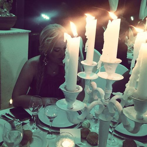 Pensieri a lume di candela. Pensieri Pensierinotturni Naples Napoli Matrimonio Wedding Weddingday  VillaFattorusso Photooftheday Instamood Instagood Insta Instalike Beautiful Tuttomeraviglioso Instawedding