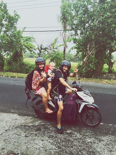 Explore with style! When is the last time you did somentihg for the first time?!? Bali Bali, Indonesia INDONESIA Family Waving GoodTimes Happy Scooter Luggage Traveling Explore Adventure INEEDNATURE Style IPhoneography IPhone Iphonephotography Iphonesia Iphone6 Followme Follow THESE Are My Friends Adventure Buddies Feel The Journey