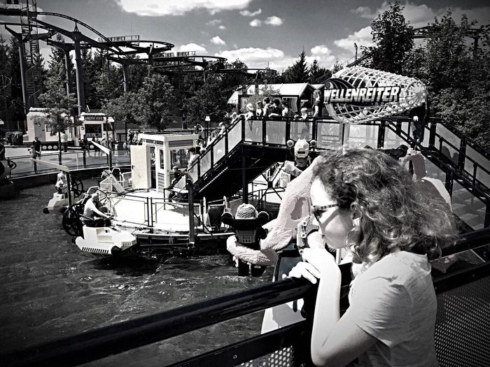 Bnw_amusement_parks Bnw_friday_eyeemchallenge Real People Young Adult Day One Person Outdoors