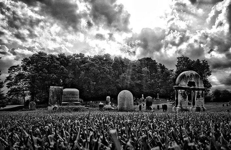 Great light this morning for shooting pics. Blackandwhite Hdr_edits Cemetery Moodygrams Lightandshadow Igersindiana