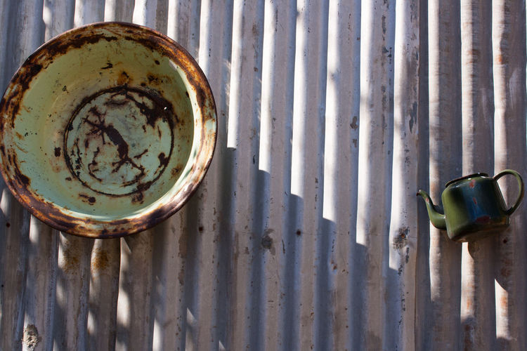Green Color Old Fashioned Rural Rust Bowl Corregated Steel Old Kitchenware Simple Living Teapot