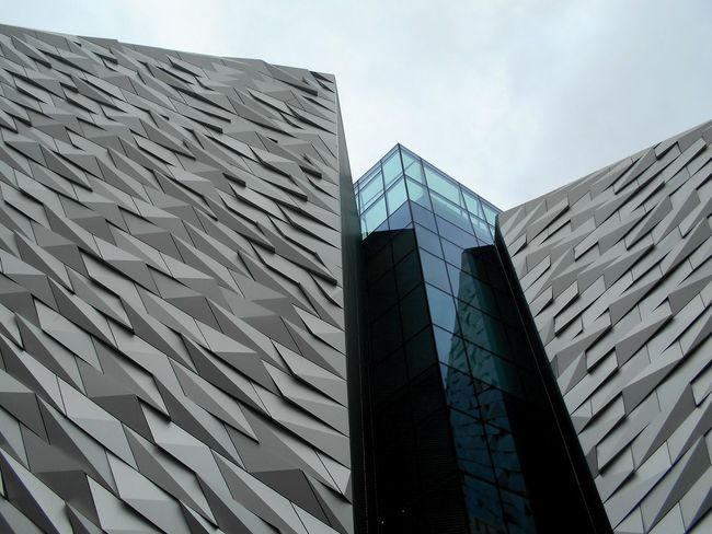 Architecture Modern Built Structure Low Angle View Day Outdoors No People City Sky Titanic Museum Belfast Nordirland Großbritannien Northireland The Week On EyeEm Your Ticket To Europe EyeEmNewHere City Low Angle View Modern Architecture