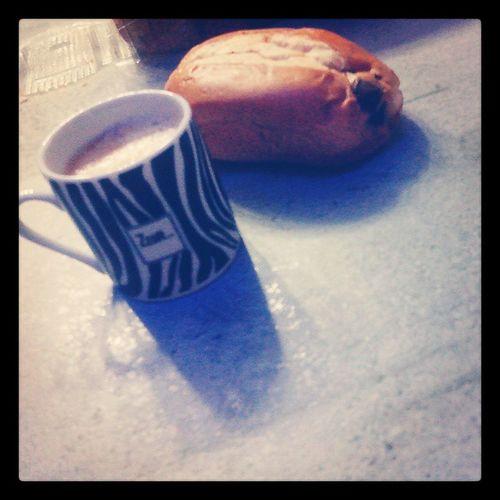 Miam Coffee Chocolatin Miam goodlikeinstamomentinstamiaminstacoolinstagoodlove