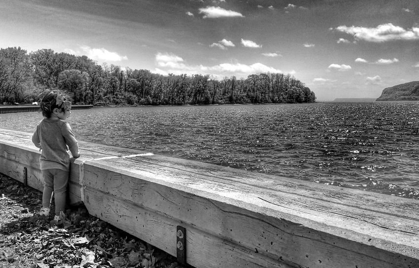 Tmarvlous Blackandwhite Lake Side Lakeview Beautiful Girl Lake Lakeshore