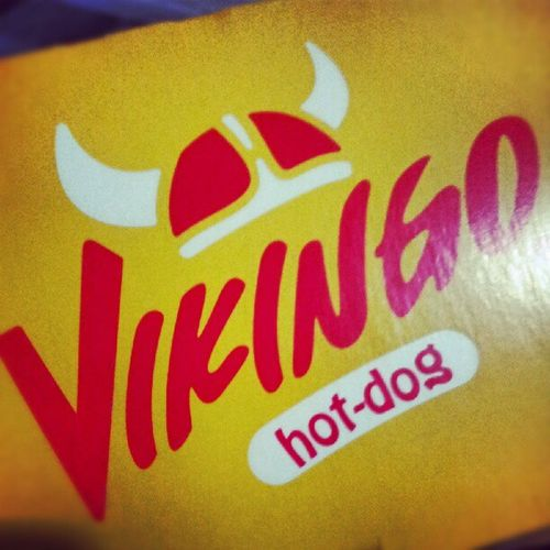 No los había probado pero saben muy buenos Oxxo Hotdogs Vikingohotdogs Comida comidachatarra catsup mostaza salchicha