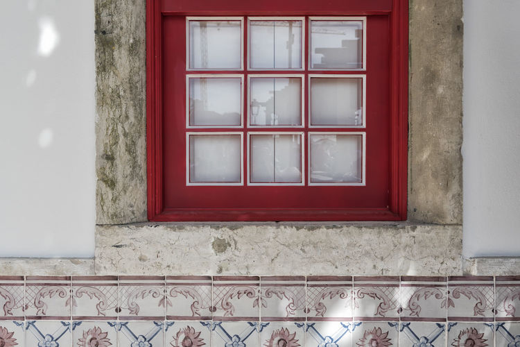 Portuguese Style EyeEm Best Shots Portugal Portuguese Portuguese Tiles  Architecture Built Structure Day No People Red Red Color Red Window Red Windows Tile Tiles Window Windows Colour Your Horizn Stories From The City