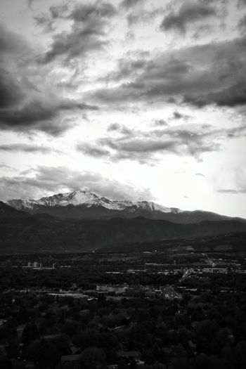 Starting my 8th year of living here, and I still stare at Pikes Peak like I'm seeing it for the first time. Mountains Mountains And Sky Clouds Clouds And Sky Cloudporn Landscape Landscape_Collection Landscape_photography Blackandwhite Black And White Black & White Blackandwhite Photography Black&white Black And White Photography Colorado Coloradosprings Colorado Springs Colorado Photography Coloradophotographer Photooftheday Photography Ladyphotographerofthemonth Evening Light Evening Sky