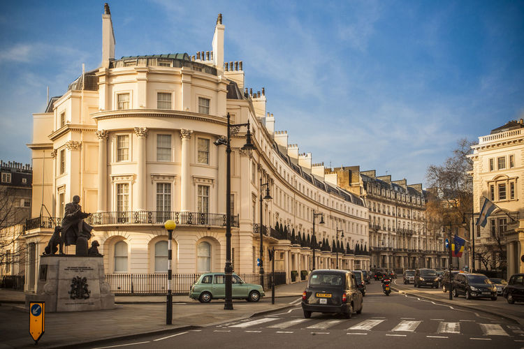 Belgravia  London London Architecture London Belgravi LONDON❤ Park Street Uk