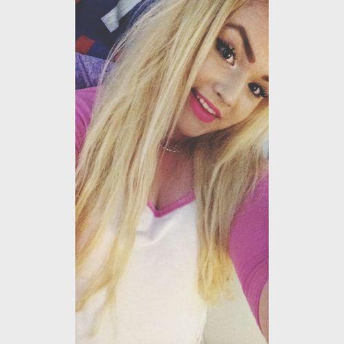 Beauty Selfie Portrait Girl ??