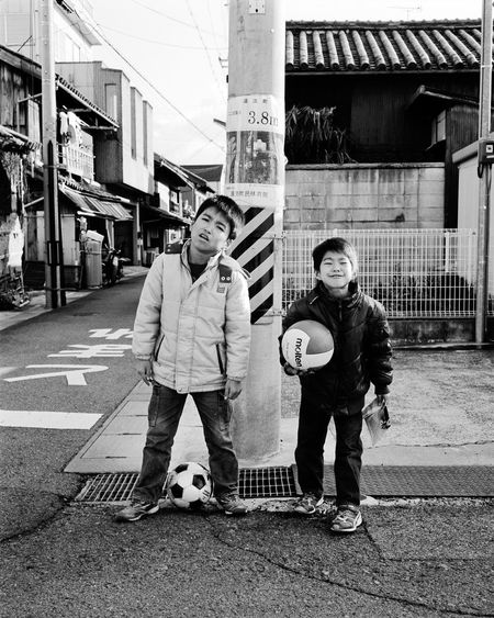 120 Film Blackandwhite Brothers Eye4photography  EyeEm Best Shots EyeEm Japan Eyem Best Shots - Black + White Film Photography Filmisnotdead From My Point Of View Light And Shadow Monochrome Plaubel Makina 67 Portrait Streetphoto_bw Streetphotography Taking Photos The Week Of Eyeem Monochrome Photography