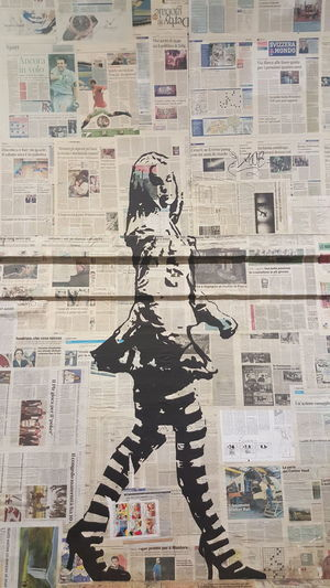 Samsung Galaxy S6 Edge Newspaper Art Graffiti Art Walking Girl