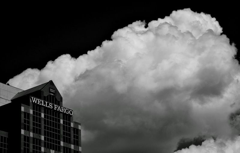Cloud Bank Check This Out Hanging Out Taking Photos Relaxing Building Building And Sky Black And White Photography Black And White Blackandwhite Blackandwhite Photography Nikon Nikonphotography Eyeemphotography EyeEm Best Shots Urban Urbanphotography Urbanexploration City City Life