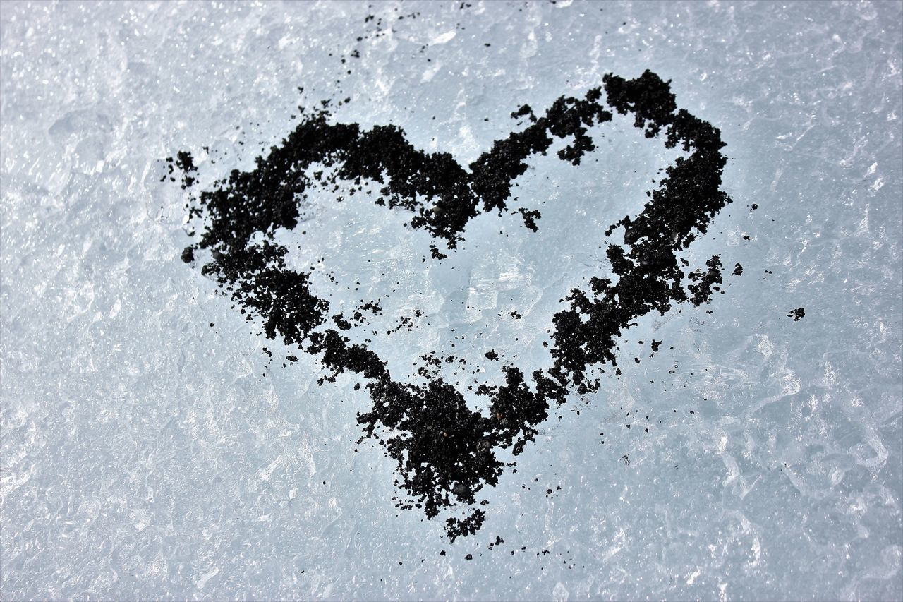 heart shape, love, positive emotion, emotion, no people, creativity, snow, white color, art and craft, high angle view, winter, nature, cold temperature, day, outdoors, tree, drawing - activity, drawing - art product, close-up