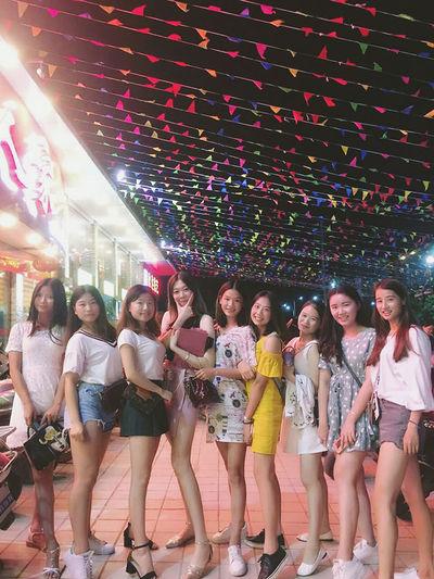 Enjoying Life China Photo♡ Today ♥ Hi! Nice To Meet You First Eyeem Photo Hello ❤ Maoming EyeEm Best Shots Girls Goodnight Where I Am