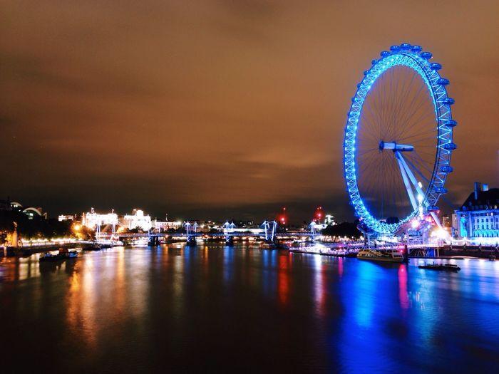 London Southbank at night Long Exposure Belong Anywhere Shootermag Color Explosion