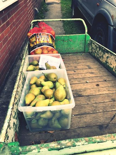Pears on a cart. Produce Fruit Produce Garden Cart Cart Pears Autumm Fruits Autumm Fruits Country Life Country Living Food Day High Angle View No People Food And Drink Representation Container Freshness Healthy Eating Outdoors