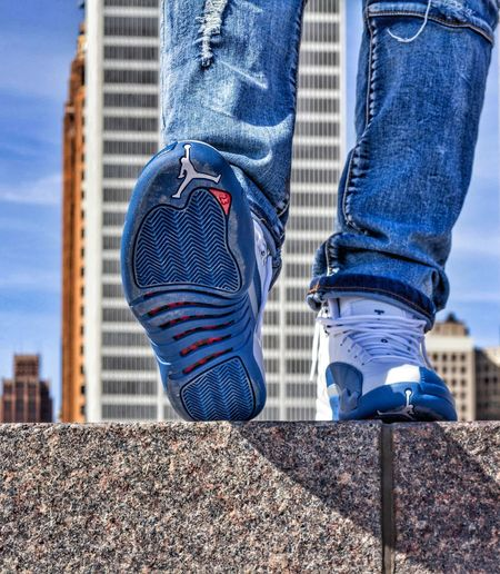 Hanging Out Taking Photos Check This Out That's Me Downtowndetroit Photography 18-55mm Hartplaza Hanging Out Sneakerhead  Kotd French Blues Jordan12