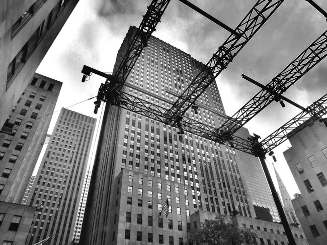 Architecture B&W Collection Building Exterior Built Structure Low Angle View Rockefeller Center Tall - High