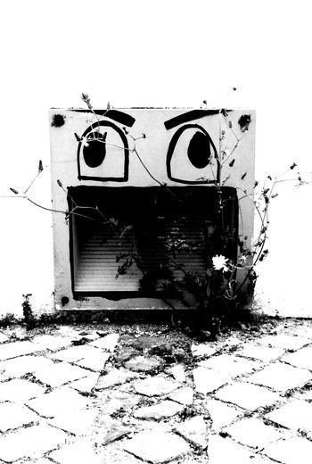 whatsupppp EyeEm Selects #blackandwhite #EyeEm #beautiful #photography #travel #streetphotography Love Portugal Blackandwhitephotography LoveBW Art Blackandwhite Revo Dark Bw_details Bw_art Bw_captures Bw_addicted Fotografia Bw_beautiful Bnw_planet Crash Dirty Run-down Obsolete Broken