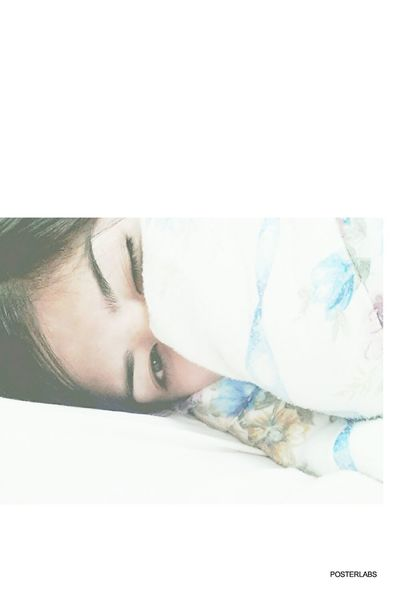 The struggle to stay awake 4am TeamNoSleep Shamelessselfie Selca ForgetYou Night Night, Sleep Tight