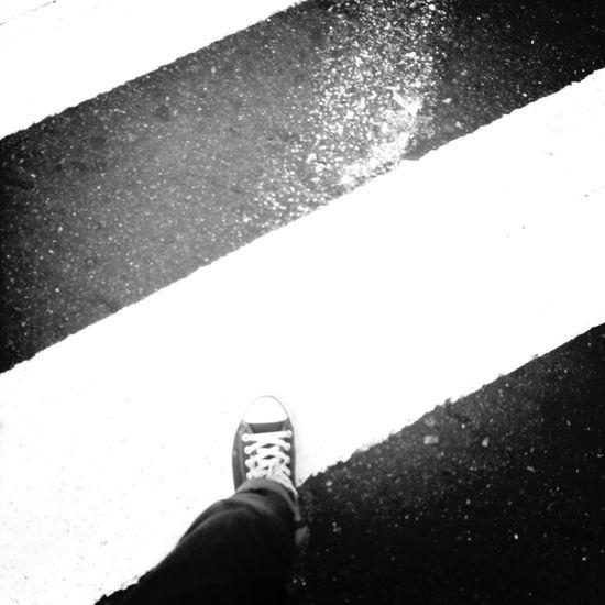 道路。 Streetphoto_bw Bw Stree Photography •Taipei